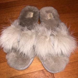 UGG Women slipper size 11 NEW